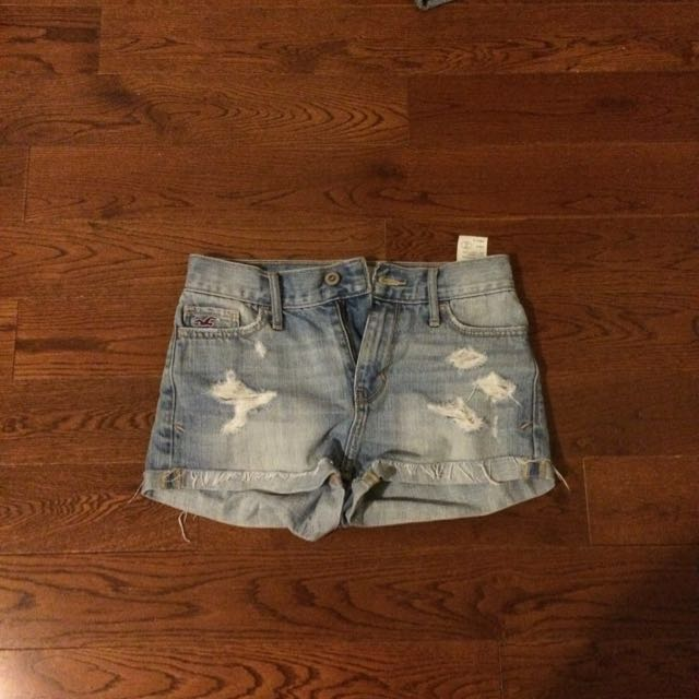 Hollister High Rise Jeans Shorts w/ Rips
