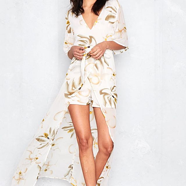 In-The-Style - Floral Playsuit With Maxi-Detail
