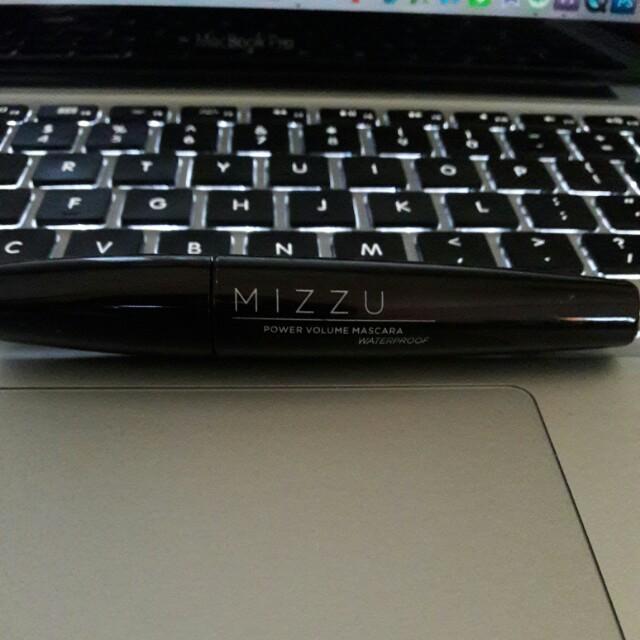 Mascara / Mizzu