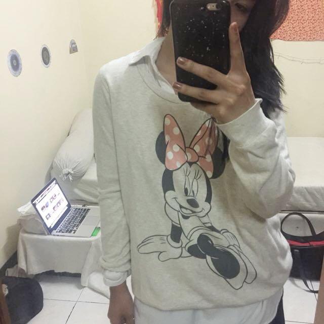 Minnie mouse disney sweater