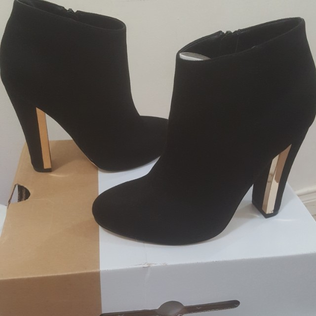 New black micro-suede ankle boots/booties