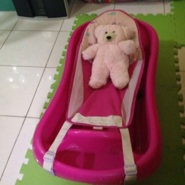 Newborn-Infant Bath Tub