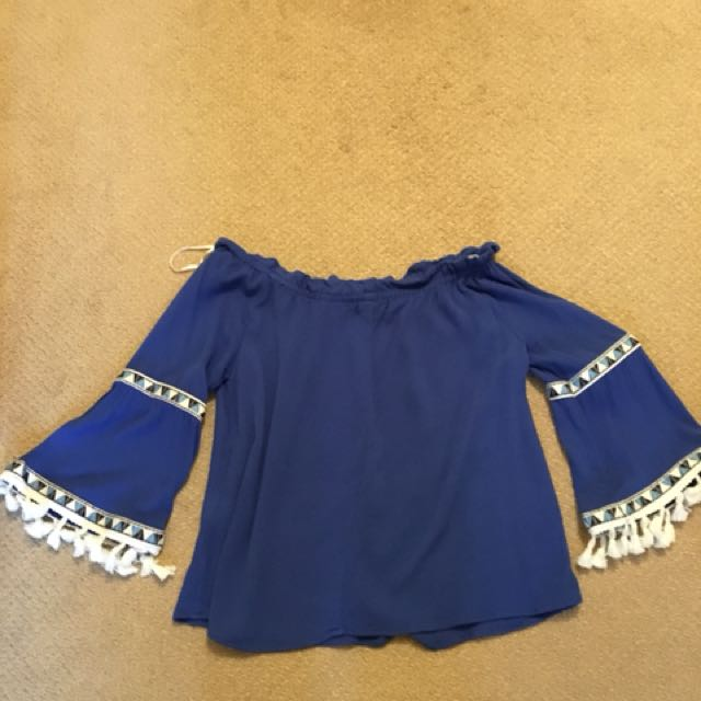 NWOT size small  paper Heart  blue and with white details on sleeves - off the shoulder rayon top with bell sleeves and tassels
