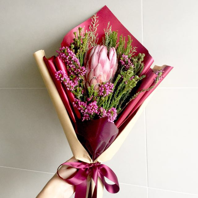 Protea flower bouquet, Gardening on Carousell