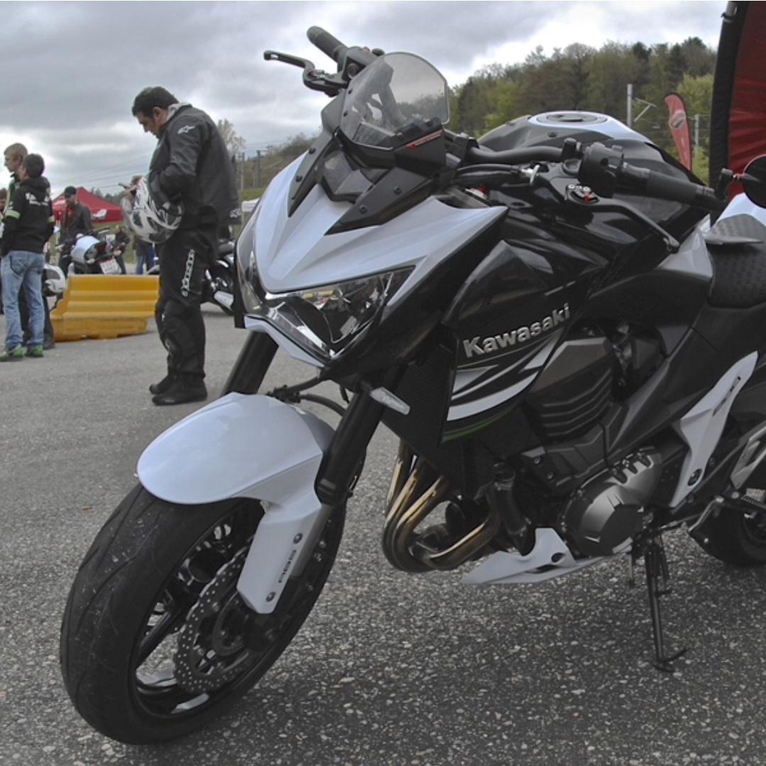 Rizoma Windshield Z800 Motorbikes On Carousell