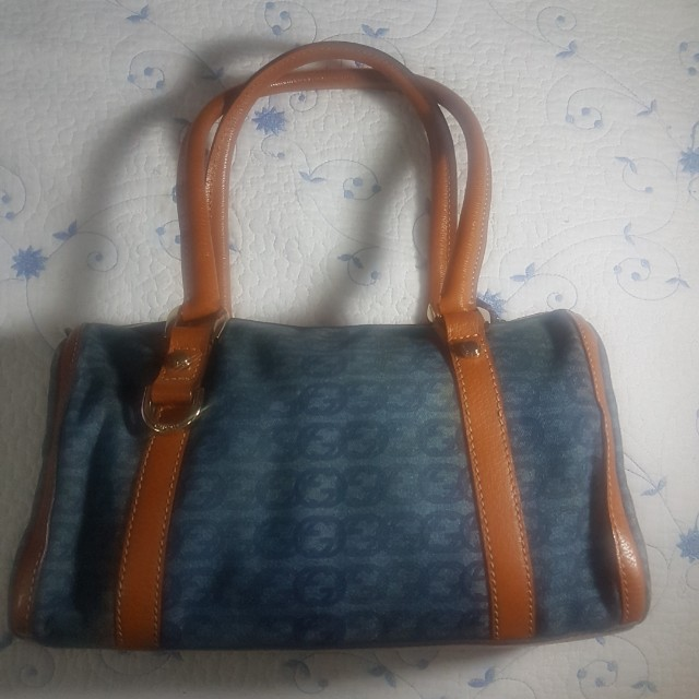 Sale! GUCCI bag authentic