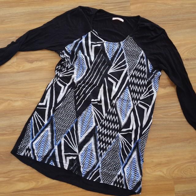 Sass tunic top size 12