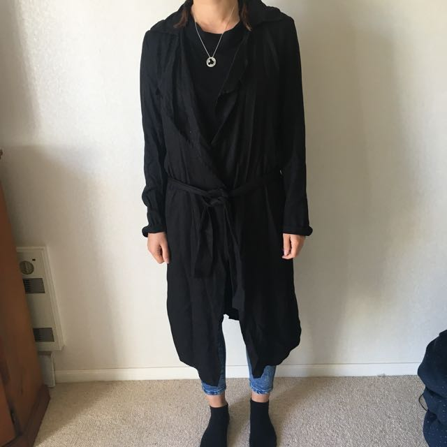 Size small tie up thin black coat