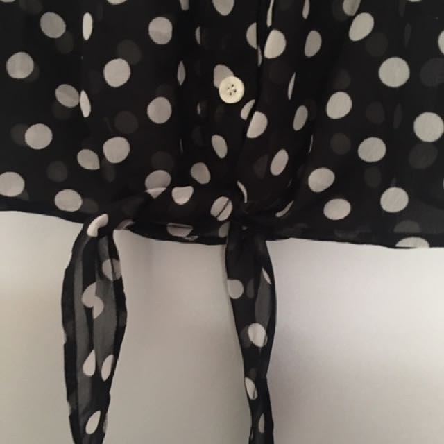 Sportgirl polka dot top