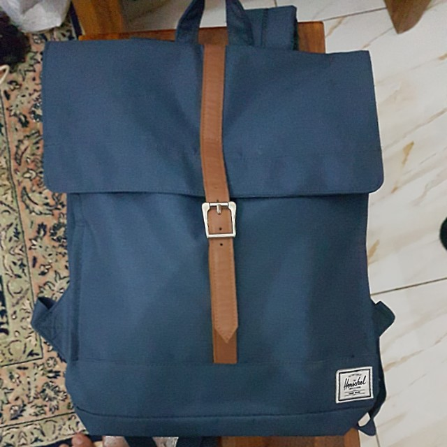 tas herschel city backpack original, men's fashion, men's bags