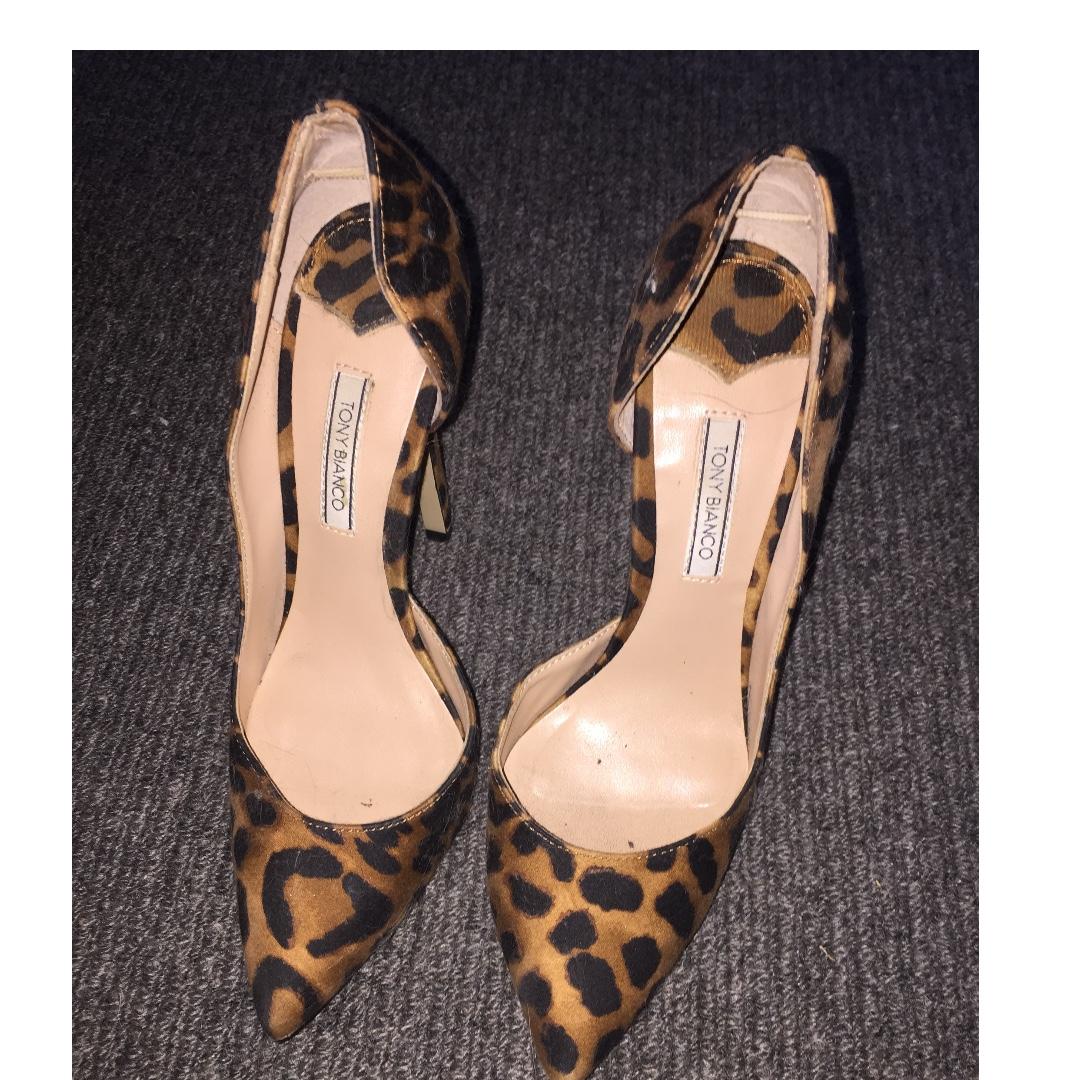 Tony bianco leopard print heel US6