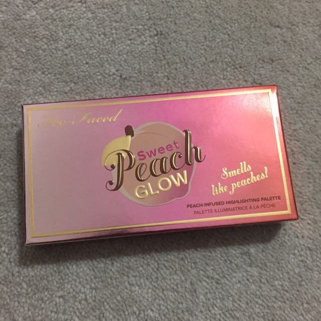 [RESERVED] Too Faced Sweet Peach Glow Highlighting Palette