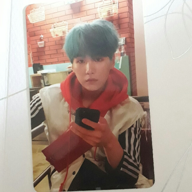 WANT TO TREAD photo card bts