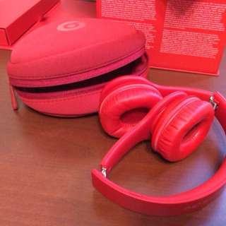 Beats Solo HD Wired On-Ear Headphone - Matte Red (Discontinued by Manufa