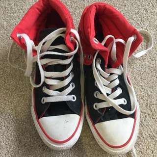 Converse - Black And Red