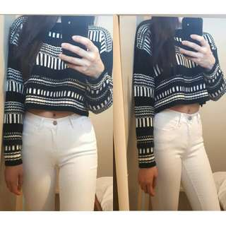 Black and white cropped knit top