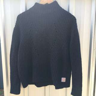Super dry cable knit jumper