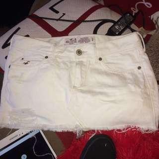 Hollister size 0 - white ripped look miniskirt