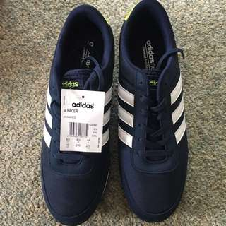 US size 10 men's trainers