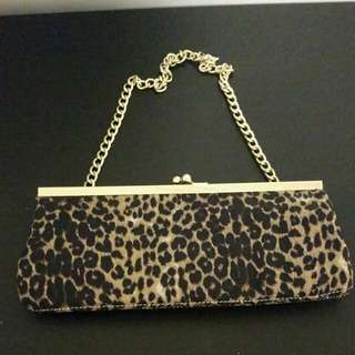 Leopard clutch purse