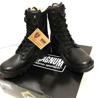 MAGNUM BOOTS US 8.5 US 9 BNIB SPARTAN XTB VIBRAM OUTSOLE BLACK