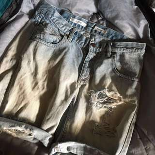 distressed wrangler rollie shorts