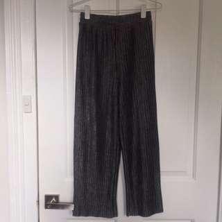 Monki Grey Pleated Culottes/wide leg pants Size XXS/6