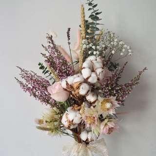 Dried Flower Bouquet / Pre-Wedding Shoot Flowers / Bridal Bouquet