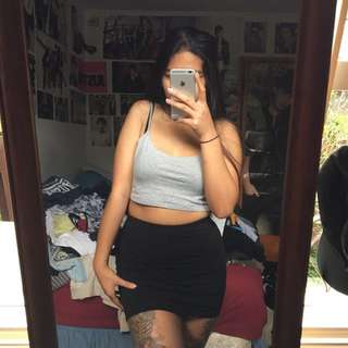 basic tight skirt