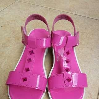 Sepatu Fladeo Pink uk 33