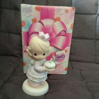 Precious Moments Figurine - Birthday Wishes with Hugs & Kisses