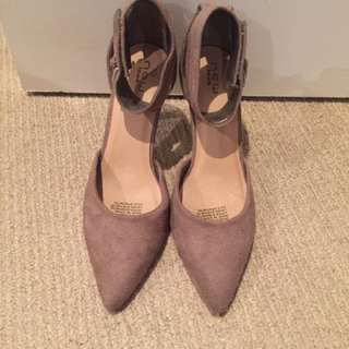 Womens Nude Taupe Suede High Heels Size 7