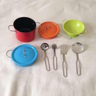 ELC Metal Cookware Set