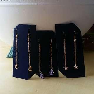 Simple and elegnat earrings