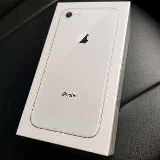 Brand new iPhone 8 64gb (Silver) for sales