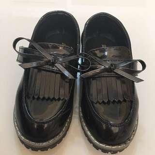 降價啦!!!{小童}二手小皮鞋 黑色 26