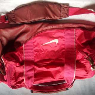 Authentic Nike Duffel bag in Pink