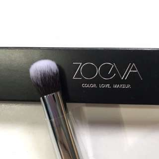 142 concealer buffer face brush Zoeva