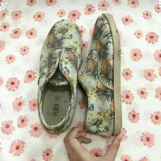 Rubi pineapple sneakers