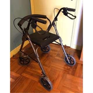 老人或行動不便 助行器連坐椅