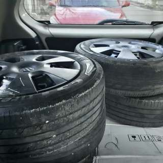 (4) Tires with metal Rims