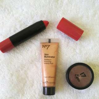 REPRICED Make up Package 02