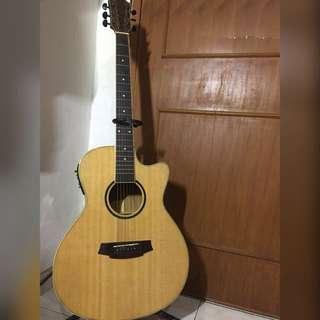 Gitar accoustic Custom