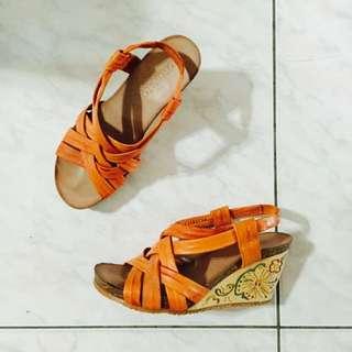 橘色楔型鞋(可換物)