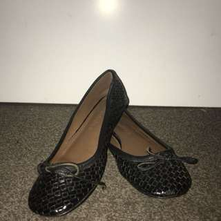 Black Flats shoes size 40