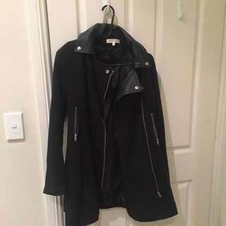 Black trench coat size Meduim