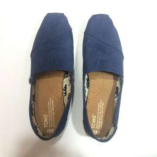 Repriced Toms Classic Navy Canvas