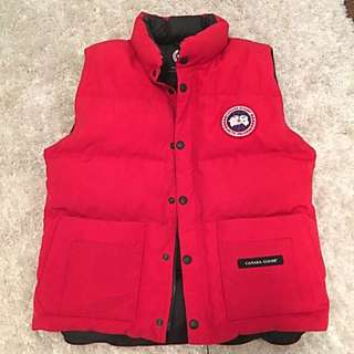 Canada Goose Vest (Youth Large)