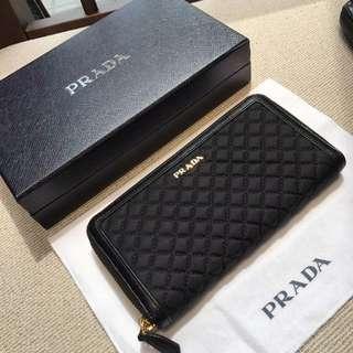 Order Now- Prada