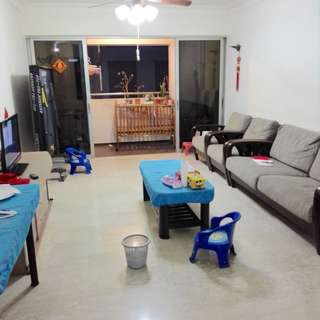 3+1 hall Blk214 Choa Chu Kang for rent ! CCK MRT